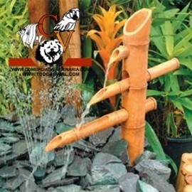 Fuente de Bambú